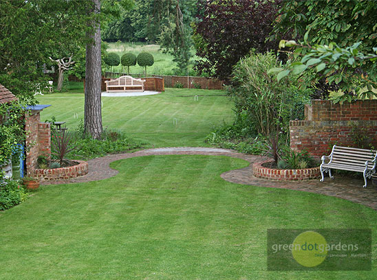 Large garden 2 green dot gardens for Garden landscaping ideas for large gardens